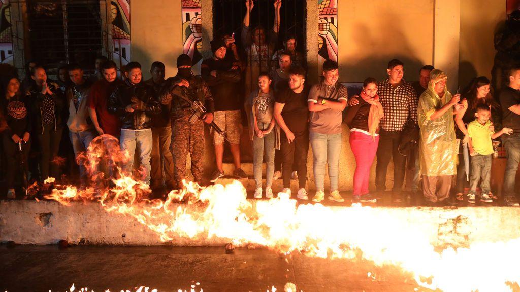 """Festival """"Bolas de Fuego"""" en Nejapa"""