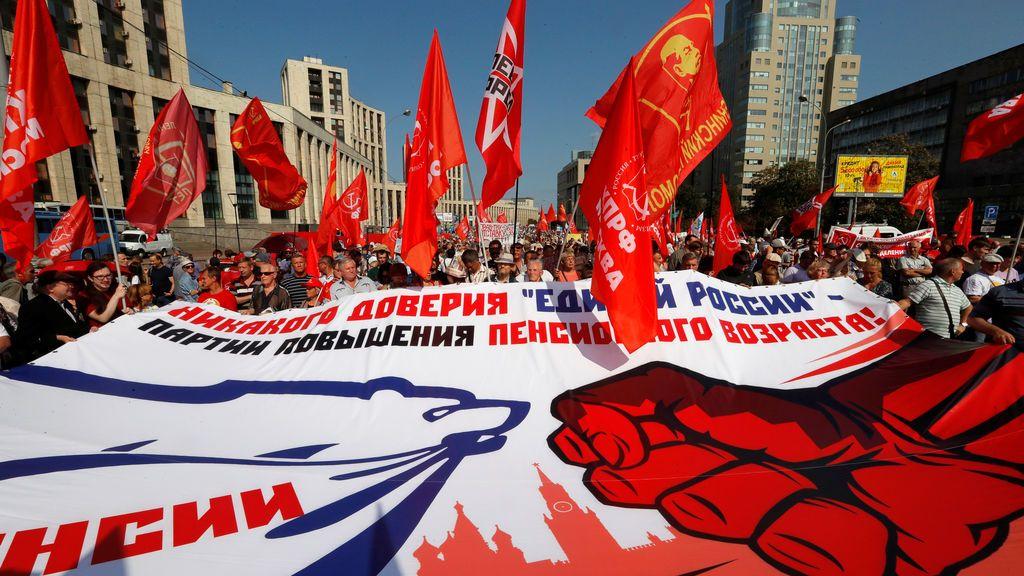 Manifestación por la subida de la edad de jubilación en Moscú