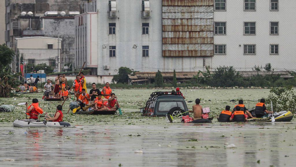 Rescate por las inundaciones en Shantou, China
