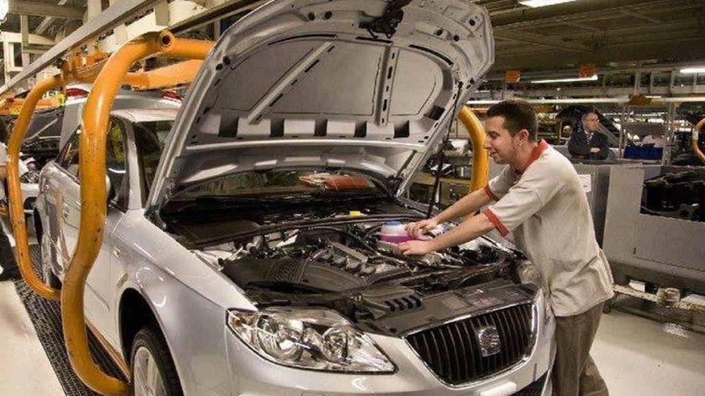 Las ofertas ante el cambio de normativa de emisiones dispara las ventas de coches un 50%