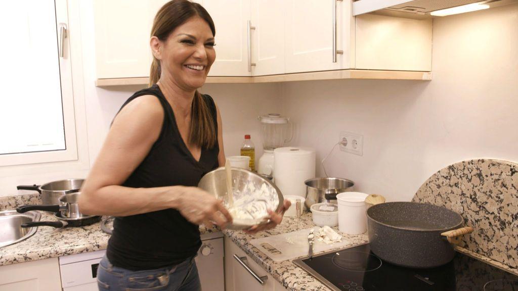 Ivonne Reyes, anfitriona en la cuarta edición de 'Ven a cenar conmigo: gourmet edition'.