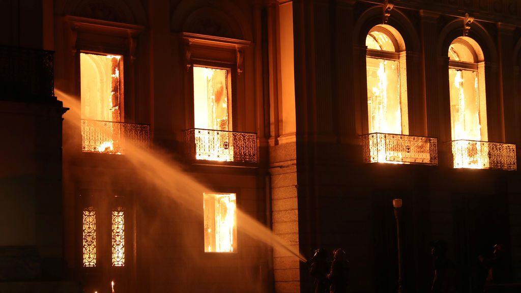 La historia de Brasil, destruida por las llamas