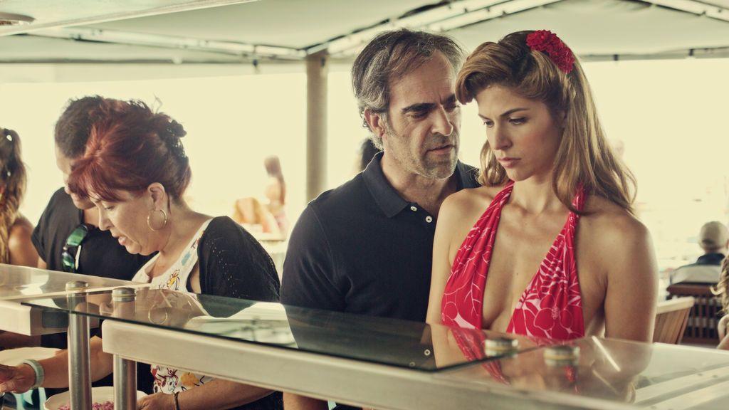 Luis Tosar y Stephanie Cayo son Lucas y Verónica en la película 'Yucatán'.