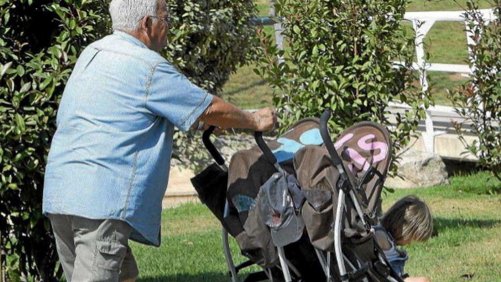 En España concilian los abuelos, ¿es bueno para tus hijos?