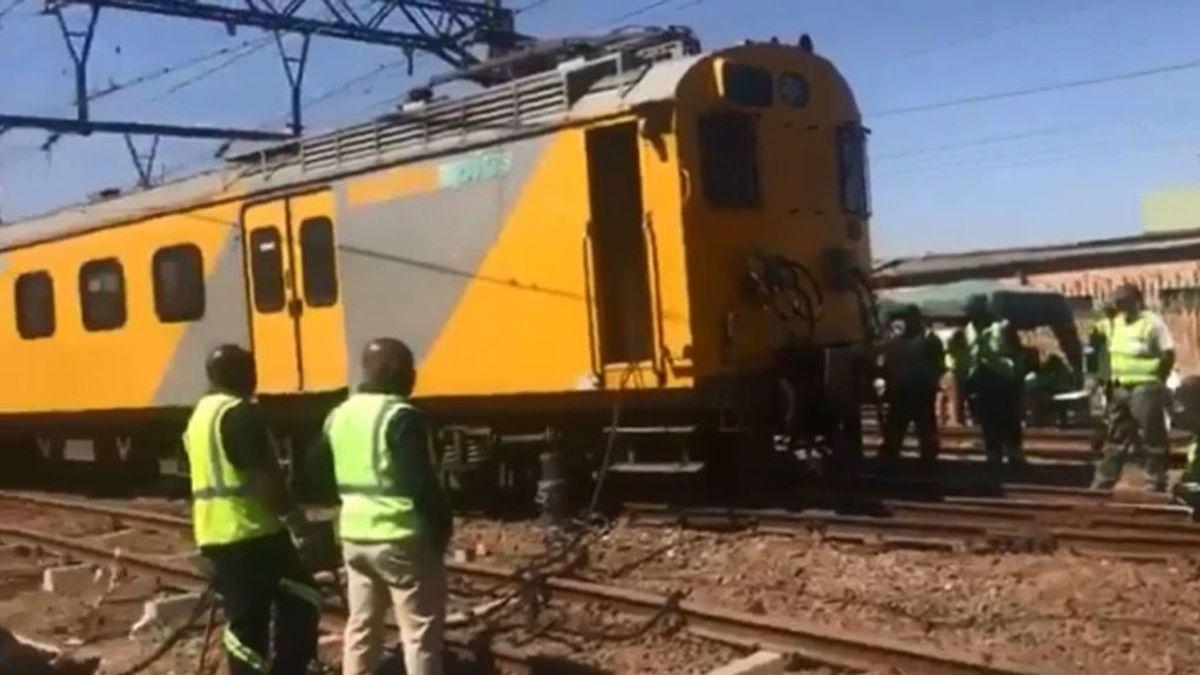 Choque de trenes en Johanesburgo:  Un centenar de heridos