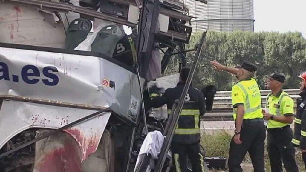 autobús accidentado en Avilés