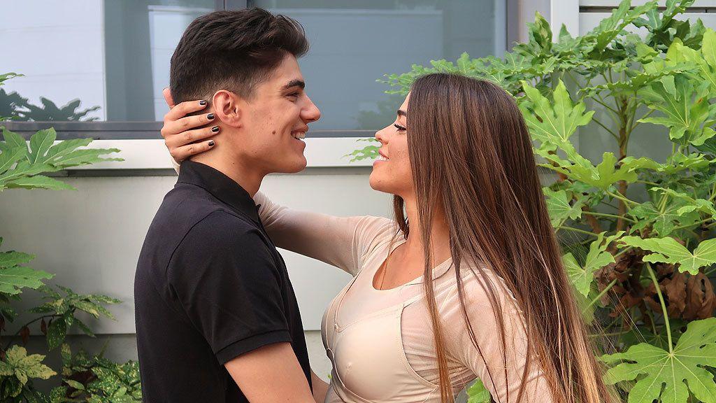 Violeta y Julen, felices y enamorados