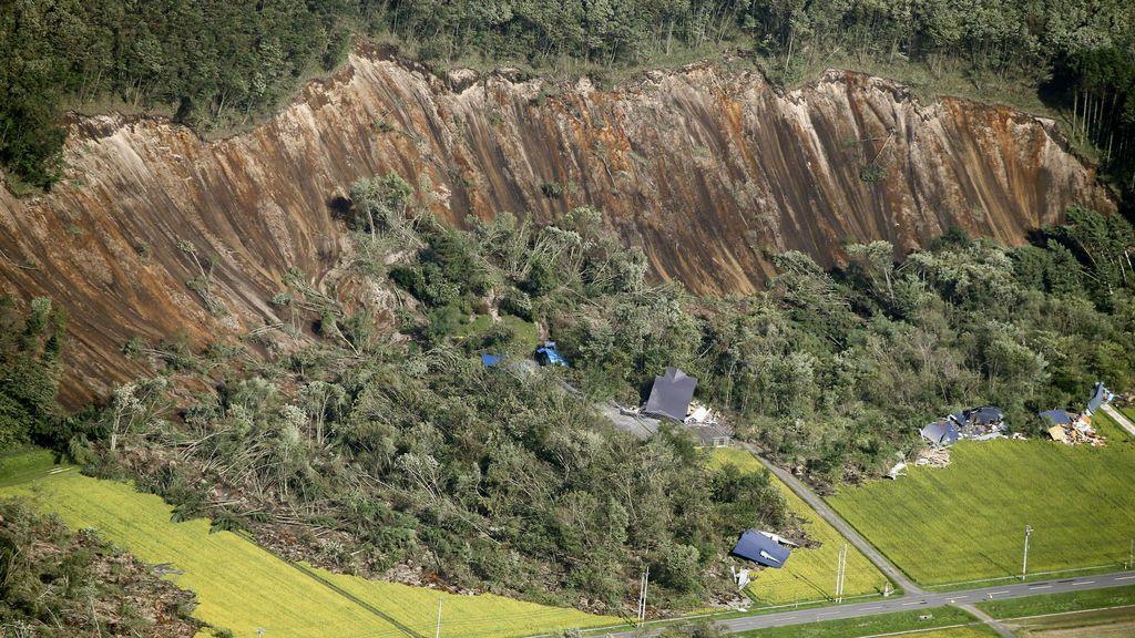 Se suman las catástrofes en Japón
