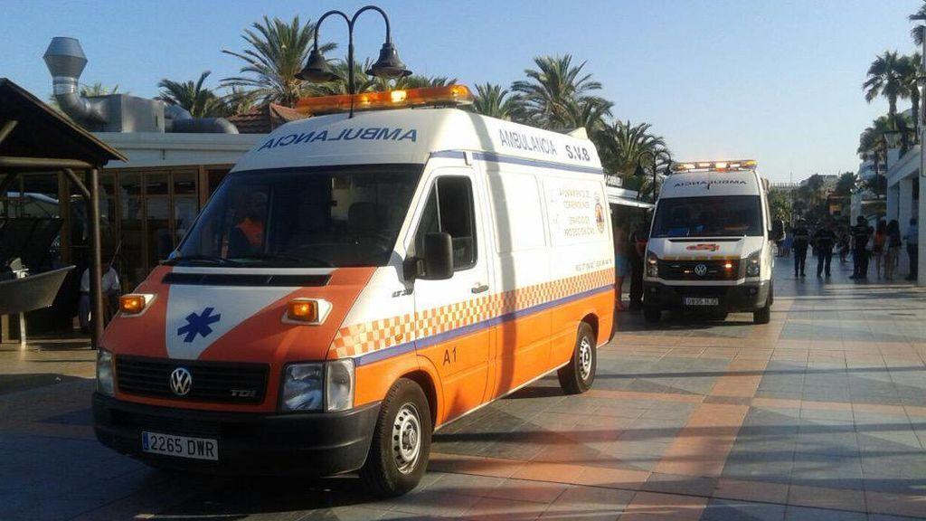 El incendio en una vivienda en Torremolinos obliga a evacuar a un hombre