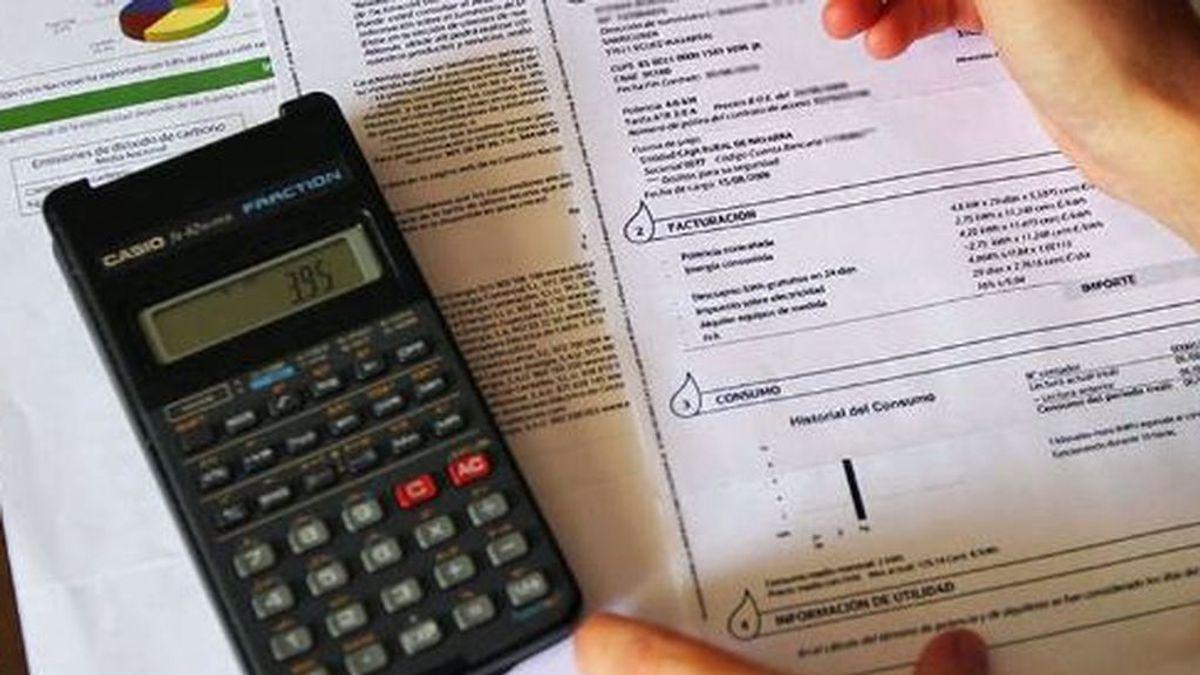 Las medidas que el Gobierno puede adoptar para bajar el precio de la luz: menos IVA, más regulación y bono social