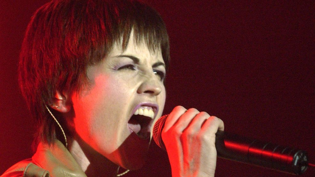 Dolores O'Riordan, vocalista de The Cranberries, falleció a causa de un accidente