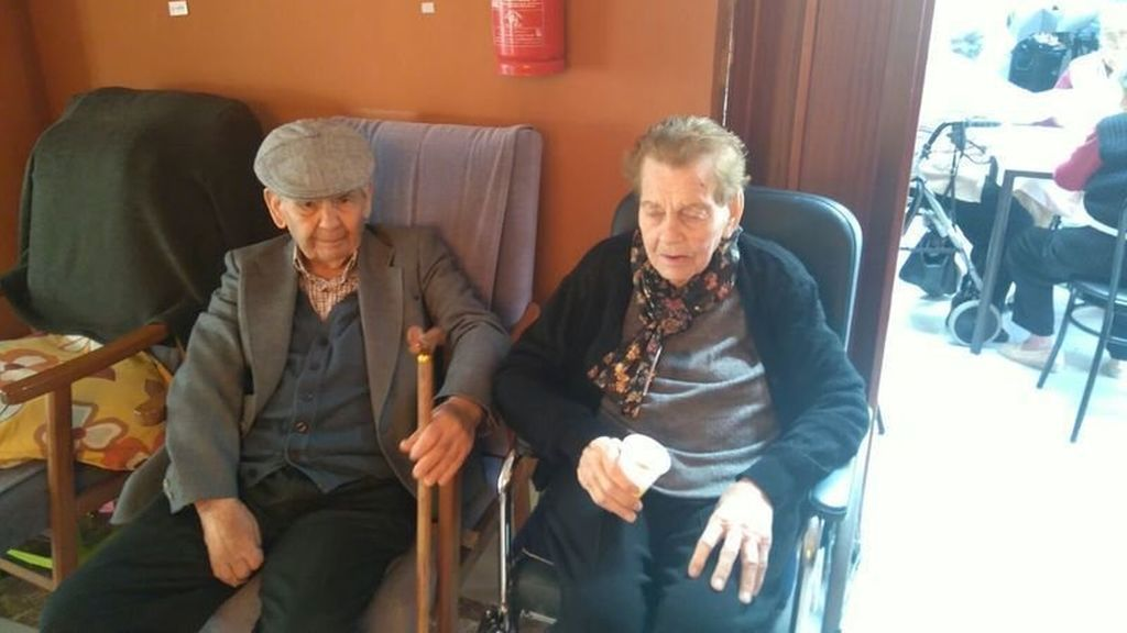 Susana Díaz anuncia que la pareja de ancianos separados en diferentes residencias, volverán a vivir juntos
