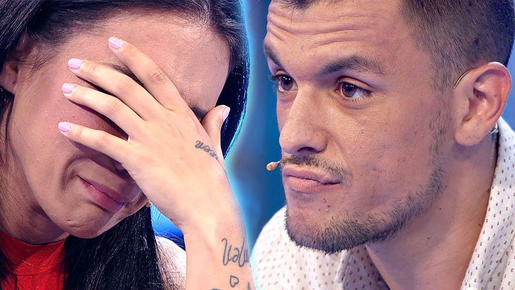 Adrián rompe con su novia tras un ultimátum, reconoce infidelidades y deja a María hecha polvo