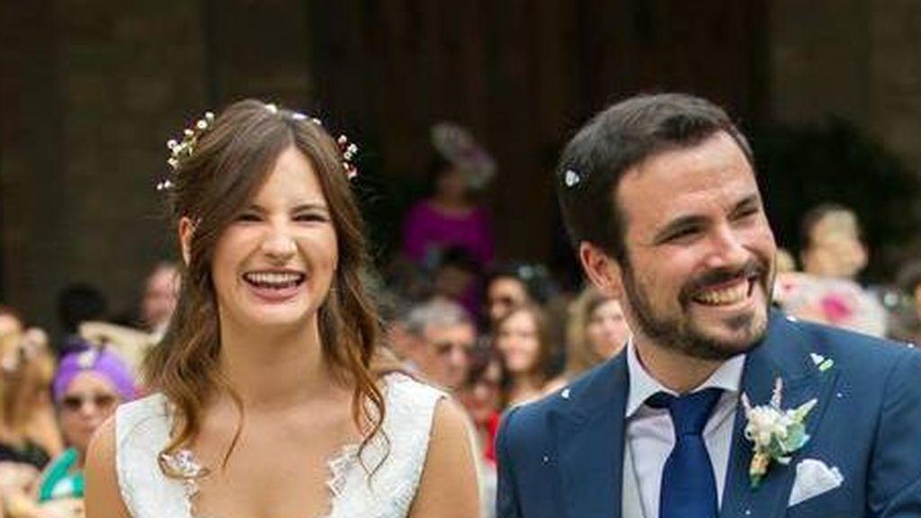 Boom de nacimientos: Garzón sigue los pasos de Iglesias y coge la baja tras nacer su hija
