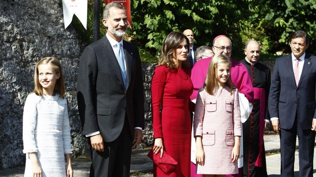 La Princesa de Asturias, tras los pasos de su padre en su primer acto oficial