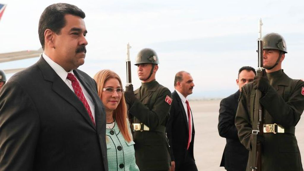 Miembros del Gobierno estadounidense mantuvieron reuniones con militares venezolanos para preparar un posible golpe de Estado