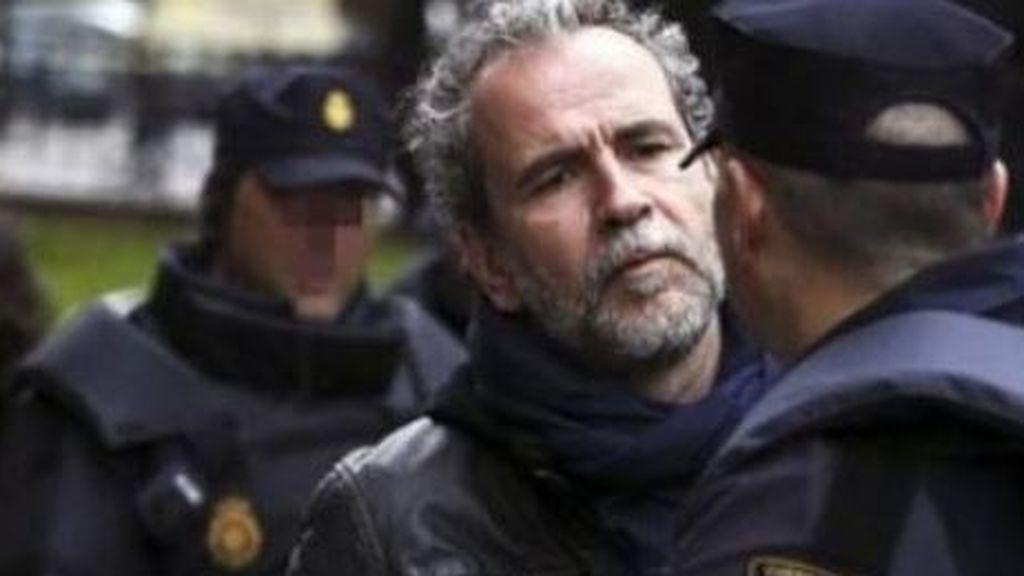 Willy Toledo le dice a la Policía dónde encontrarle y pide que no manden a la legión