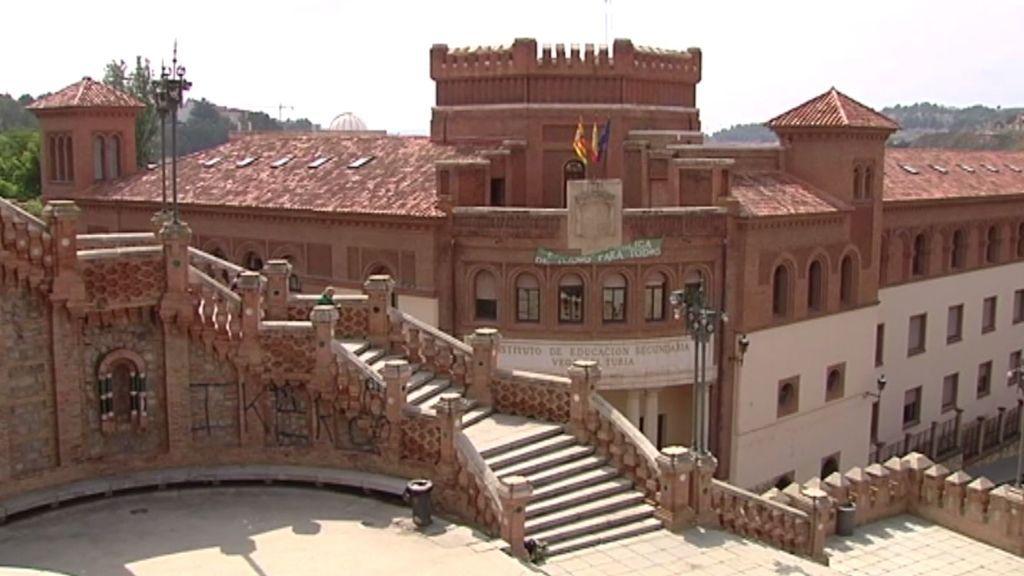 c9d7057182726 Indignación en Teruel por una pintada en la Escalinata del Paseo del Óvalo