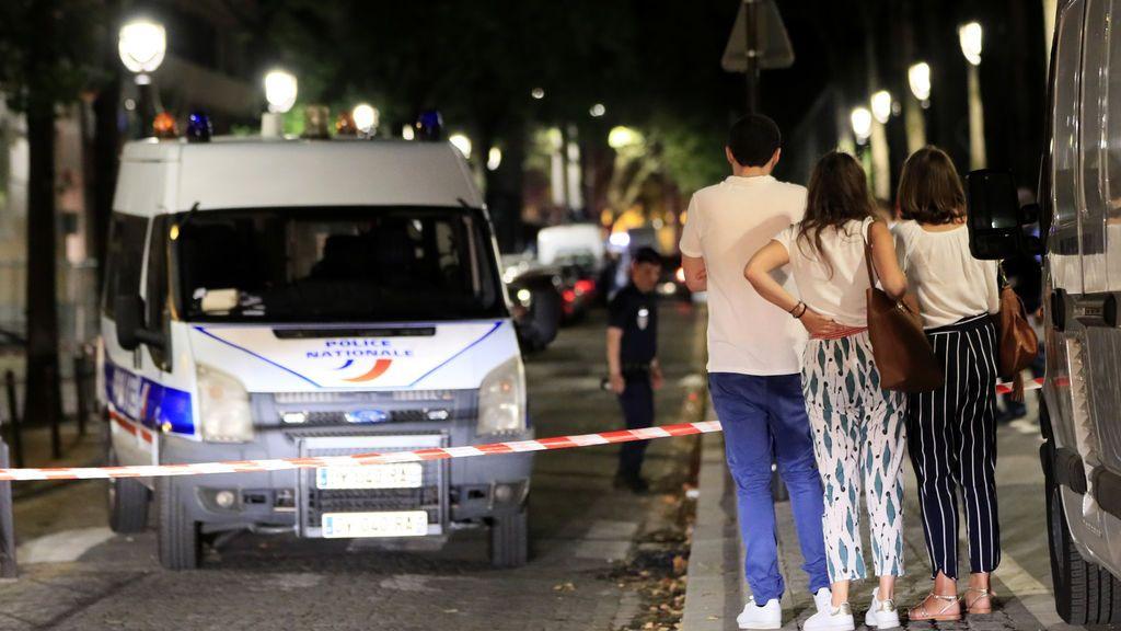 Así se defendieron los transeúntes del ataque en París