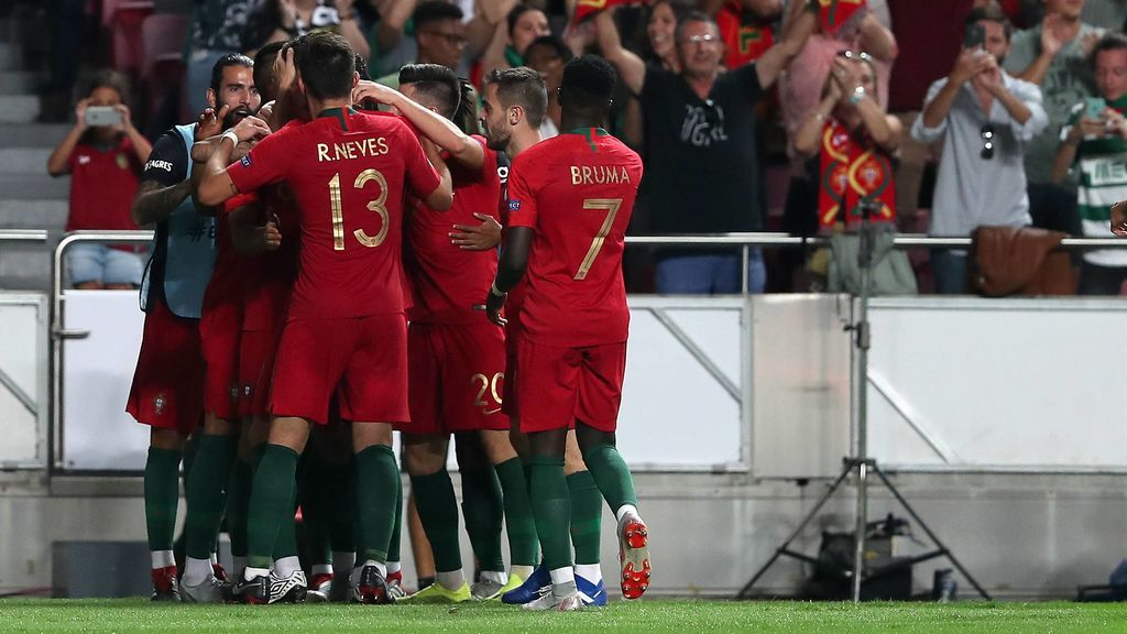 ¡Gol de Portugal! Contra de manual que convierte André Silva en el 1-0
