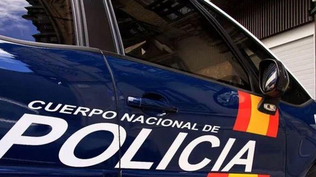 Piden 24 de prisión para un policía acusado de abusar de menores a cambio de regalos