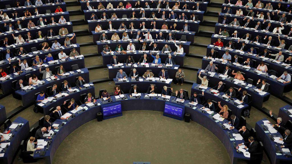 La Eurocamara dicta sentencia contra los memes: aprueba la nueva directiva sobre derechos de autor