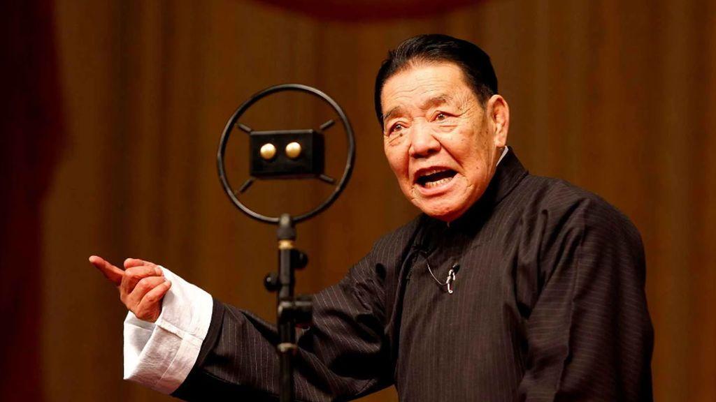 Muere el 'cuentacuentos ' más viejo del mundo a los 84 años en China
