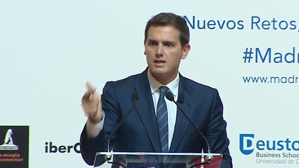 Ciudadanos y PP piden la comparecencia urgente de Pedro Sánchez