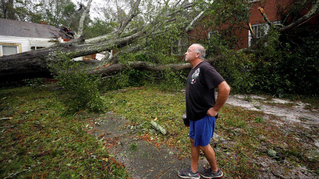 El huracán Florence azota a la costa este de EEUU cobrándose las primeras víctimas