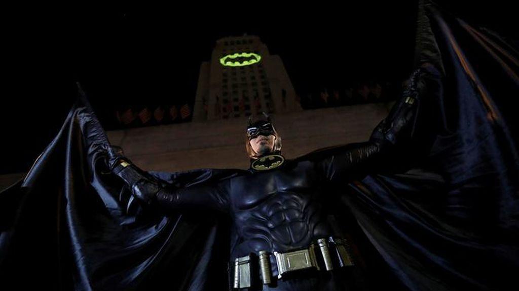 El mundo se une para homenajear a Batman