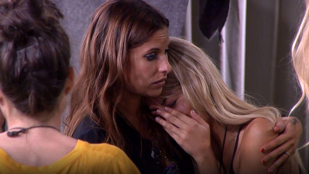 """ÚLTIMA HORA EN 'GH VIP': Oriana, destrozada y llorando, amenaza con abandonar: """"Quiere verle"""""""