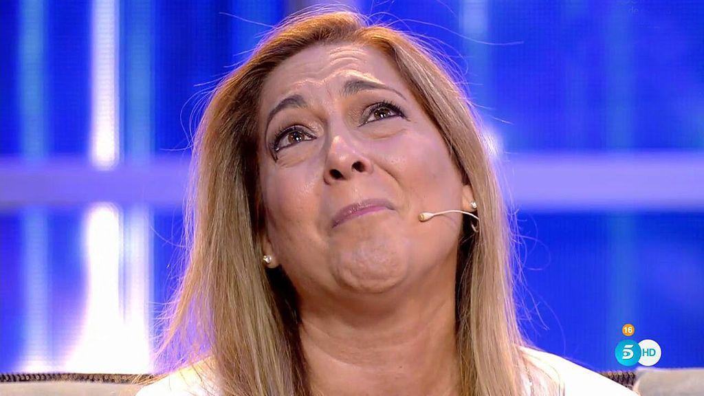 """Cristina, madre de Oriana, llora tras el abandono de su hija: """"Me siento muy mal, peor que nadie"""""""