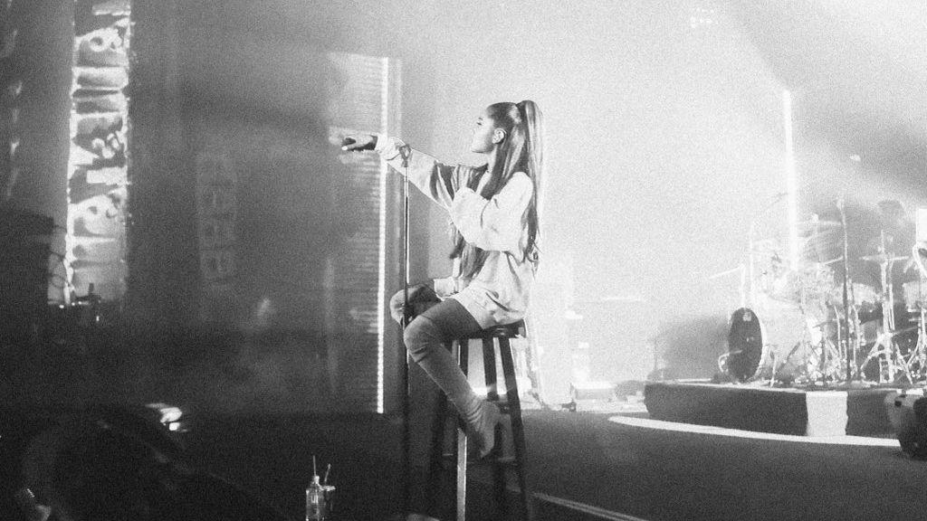 """Ariana Grande rompe su silencio y dedica su último adiós a Mac Miller: """"Espero que ahora estés bien"""""""