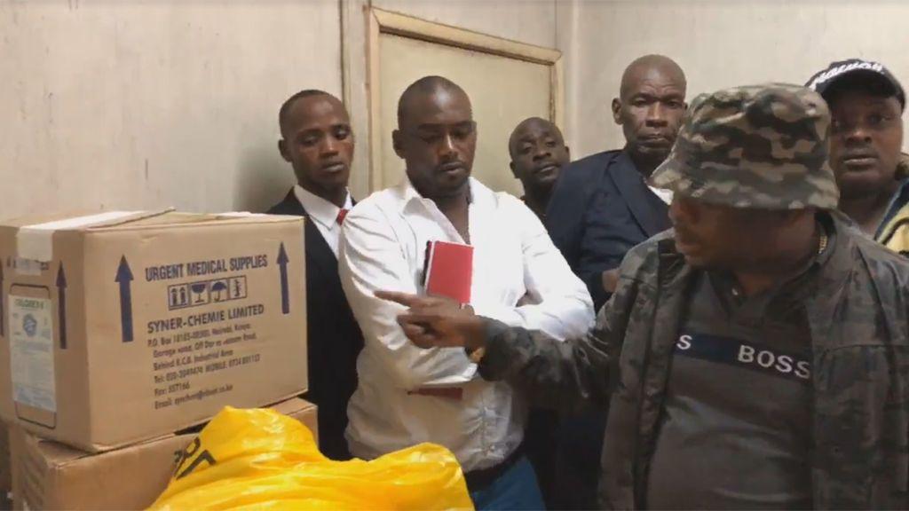Hallan 12 bebes muertos dentro de cajas de cartón en un hospital de Kenia