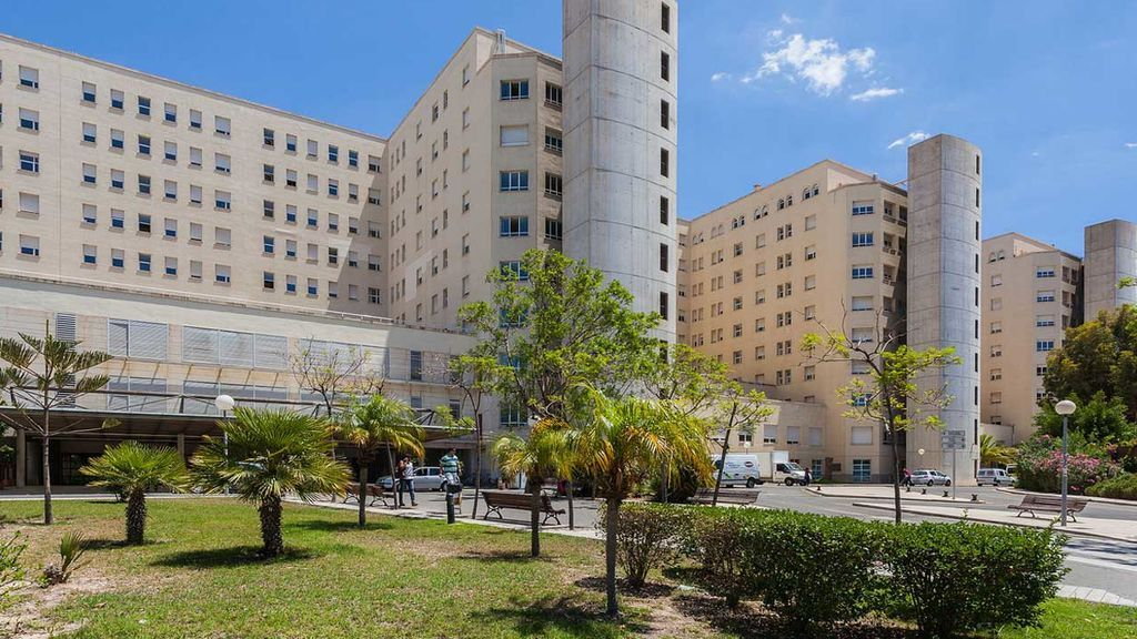 Muere el niño de dos años que recibió presuntamente una paliza de sus padres en Alicante