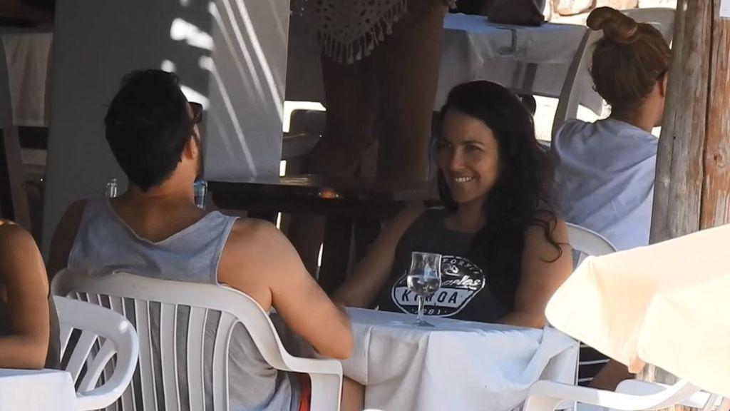 Irene Junquera y Pablo Puyol: miraditas sexys, besos y gestos picarones