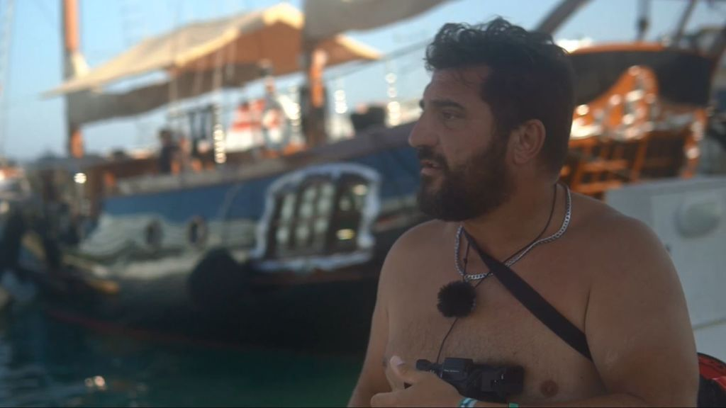 ¡El auténtico paparazzi! La persecución por mar y tierra a Antonio Banderas
