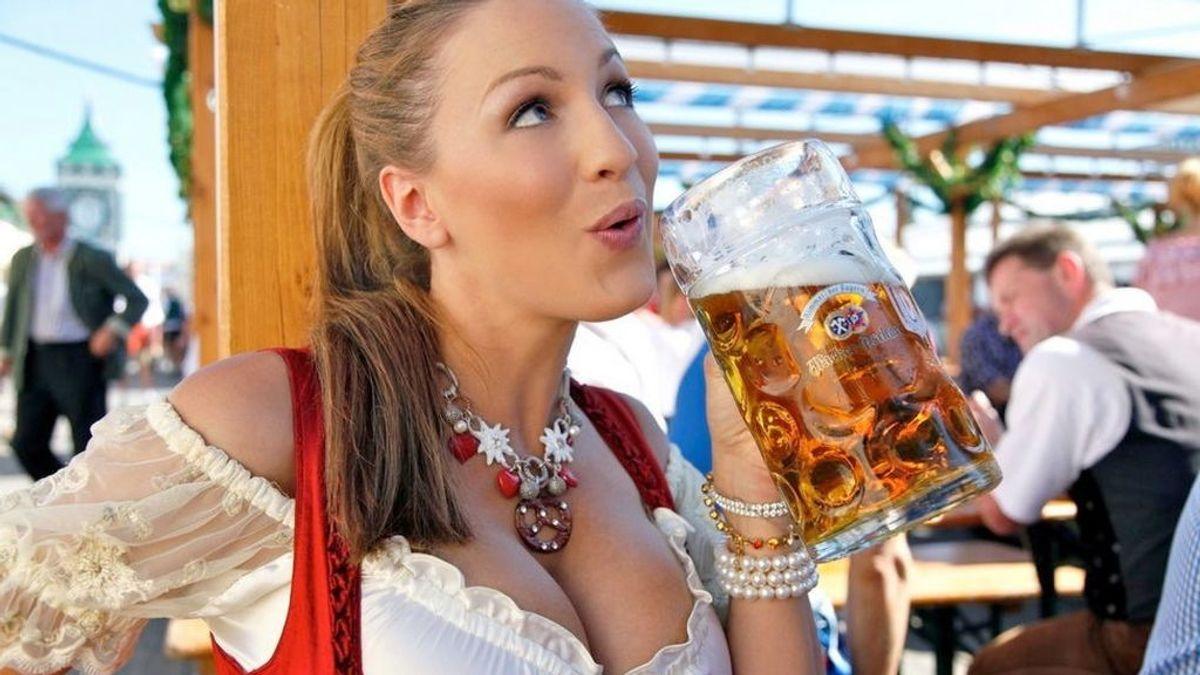 Si eres mujer y vas a ir al Oktoberfest no te olvides de ponerte unas buenas tetas