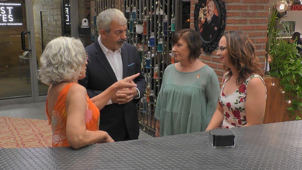Raquel, Marichi y Ana vencieron al cáncer y llegan a 'First dates' dispuestas a encontrar el amor.