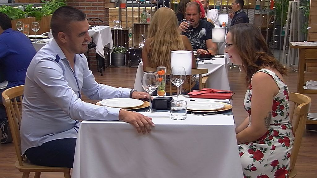 Raquel y Juan, en 'First dates'.