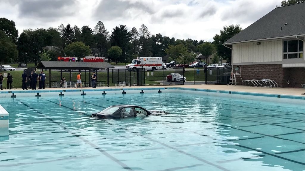 coche piscina