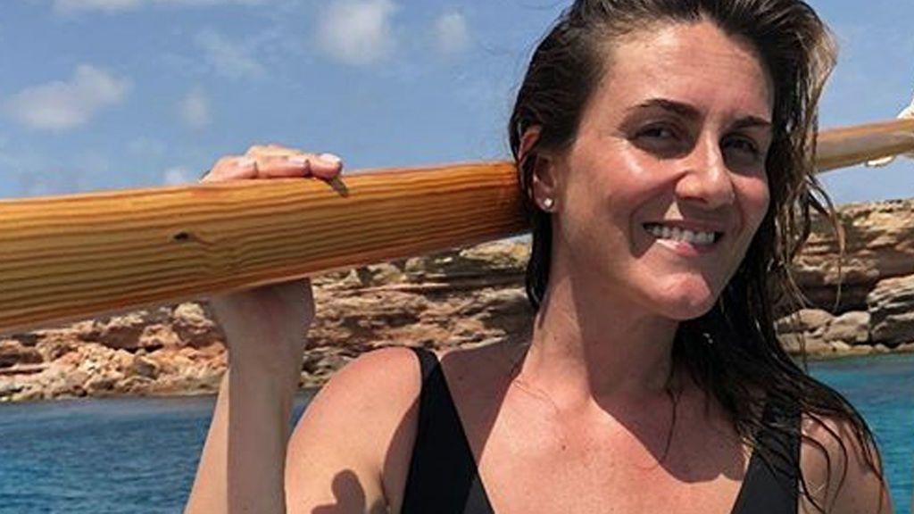 Carlota Corredera despide el verano luciendo tipazo en bañador