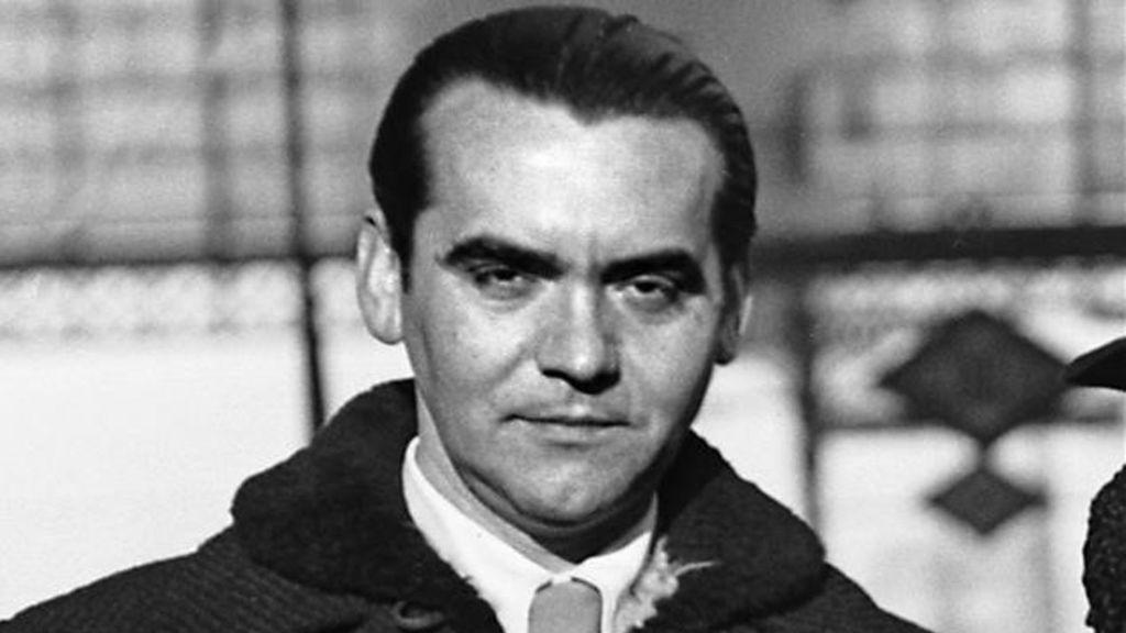 """Condenan a un tuitero por justificar la muerte de Lorca """"por maricón"""""""