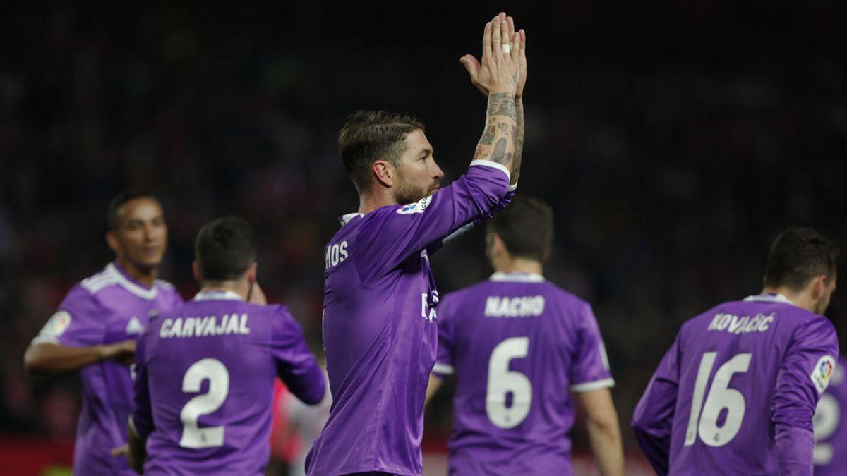 """Sergio Ramos regresa al Sánchez Pizjuán y el Sevilla  desea """"pasión y respeto"""" a sus aficionados"""
