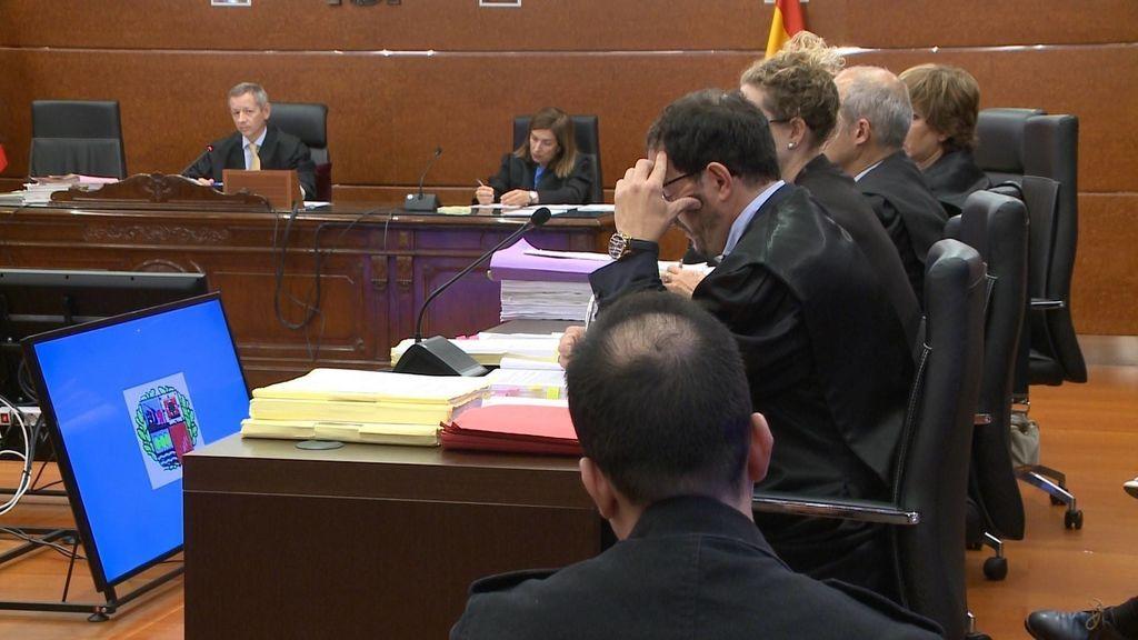 Condenan a prisión permanente revisable al asesino de la bebé en Vitoria