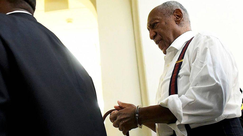 Bill Cosby, de icono de la cultura en EEUU a villano repudiado y condenado a un máximo de 10 años de cárcel