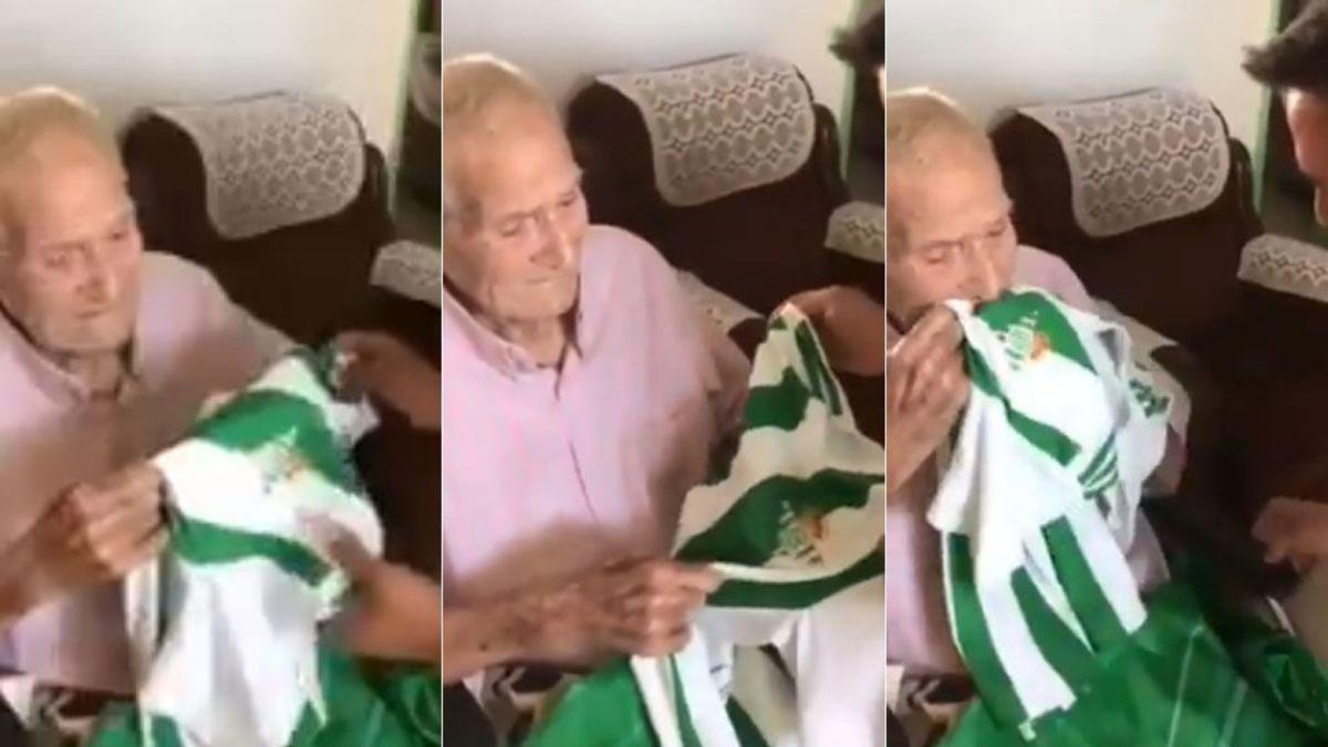 Con 100 años no puede  aguantar las lagrimas al ver  una camiseta del betis 😍