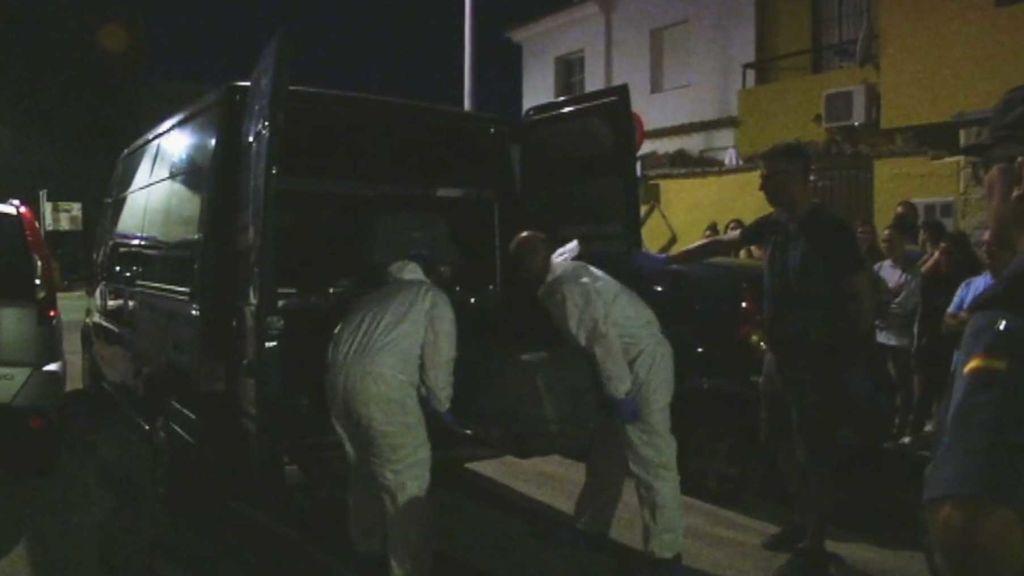 Detienen a una mujer en Chiclana por presuntamente matar a su marido
