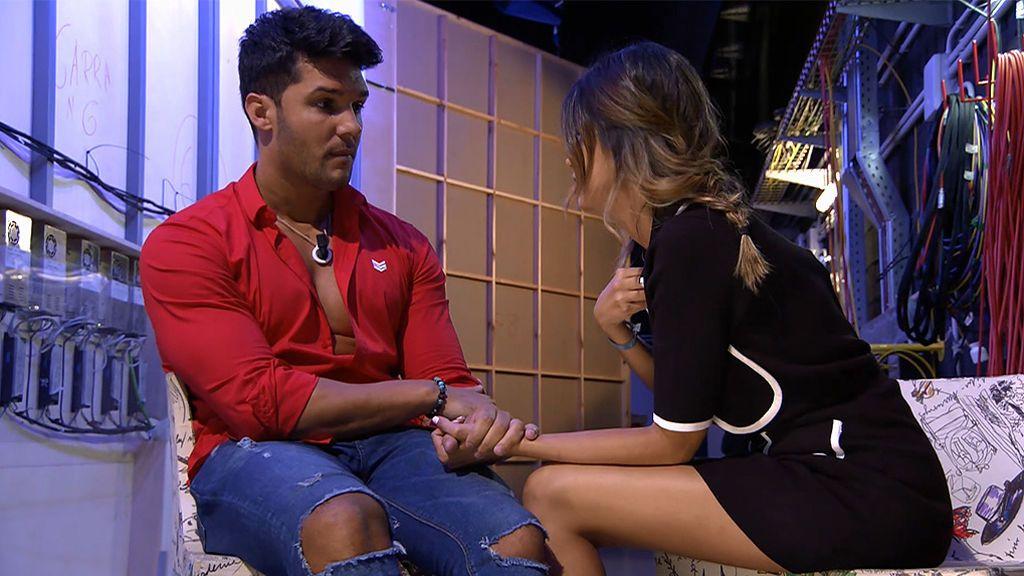 Santana decide irse (pero no): Marina le propone tener una nueva cita