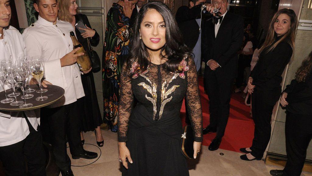 Salma Hayek, de Gucci, fue elegida como personaje del año por Vanity Fiar